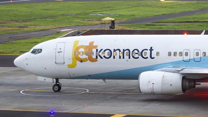 VT-SJI - Jet Airways Boeing 737-800