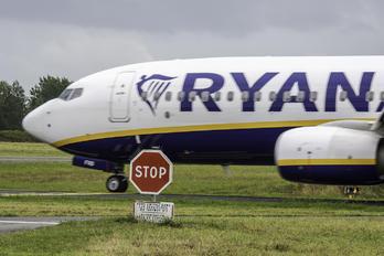 EI-FRB - Ryanair Boeing 737-800