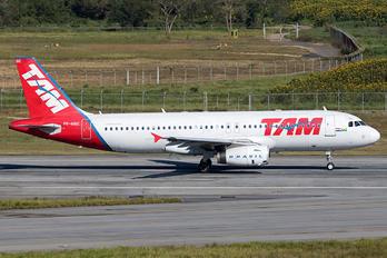 PR-MBE - TAM Airbus A320