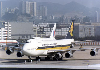 9V-SQN - Singapore Airlines Boeing 747-200