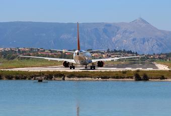 D-AHLK - Hapag-Lloyd Boeing 737-800