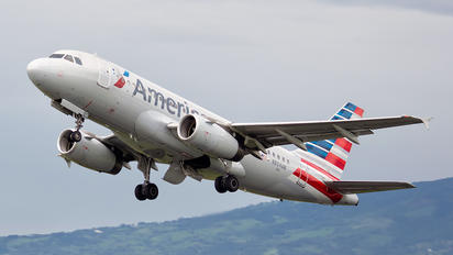 N804AW - American Airlines Airbus A319