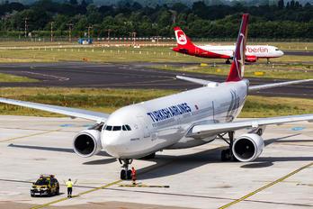 TC-JNE - Turkish Airlines Airbus A330-200