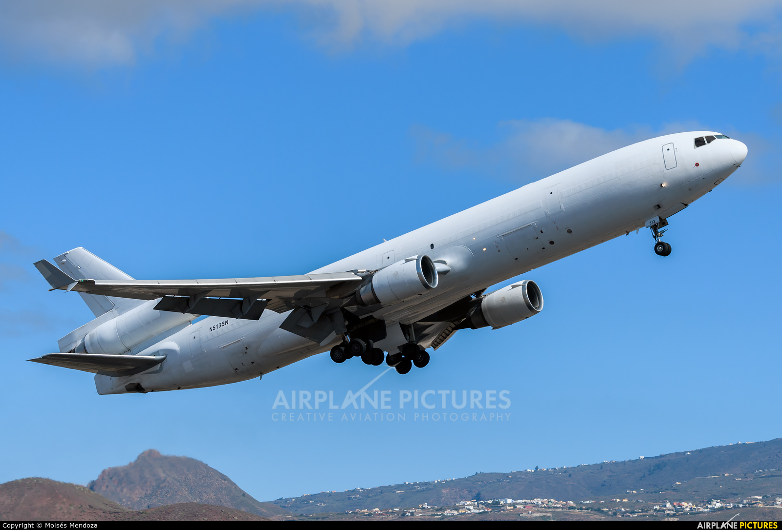Western Global Airlines N513SN aircraft at Tenerife Sur - Reina Sofia