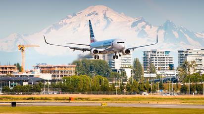 N925NN - American Airlines Boeing 737-800