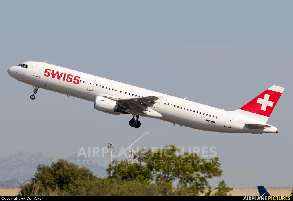 Swiss HB-IOK aircraft at Barcelona - El Prat