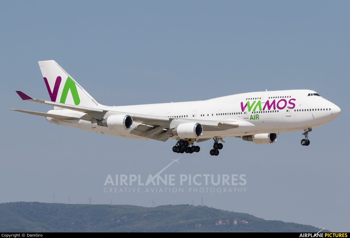 Wamos Air EC-MDS aircraft at Barcelona - El Prat