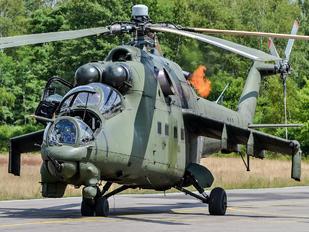 211 - Poland - Army Mil Mi-24D
