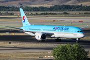 HL8081 - Korean Air Boeing 787-9 Dreamliner aircraft