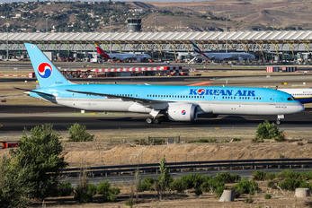 HL8081 - Korean Air Boeing 787-9 Dreamliner