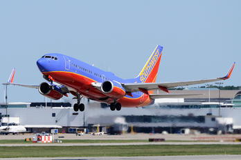 N718SW - Southwest Airlines Boeing 737-300