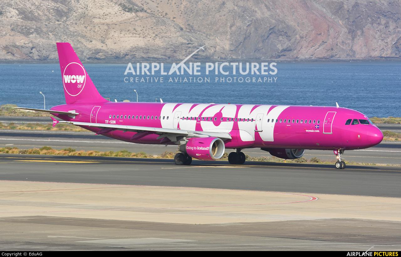 WOW Air TF-SON aircraft at Aeropuerto de Gran Canaria