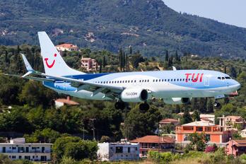 G-FDZW - TUI Airways Boeing 737-800