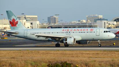C-FXCD - Air Canada Airbus A320