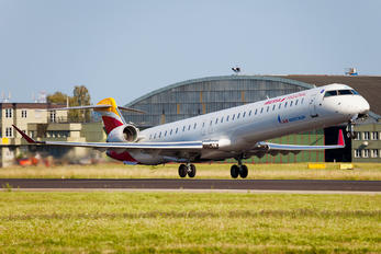 EC-LJT - Air Nostrum - Iberia Regional Canadair CL-600 CRJ-1000