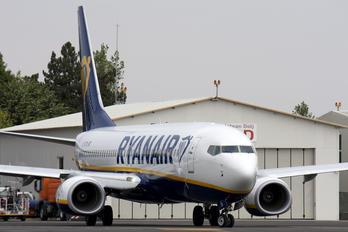 EI-FZN - Ryanair Boeing 737-8AS