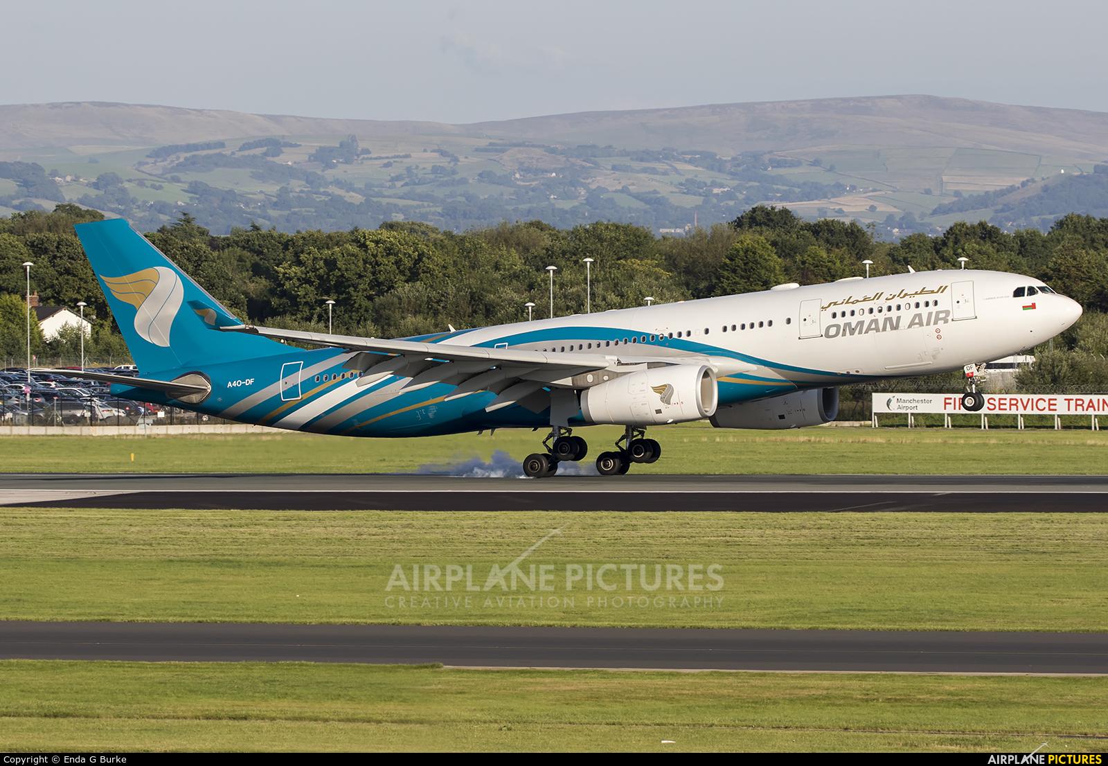 Oman Air A40-DF aircraft at Manchester