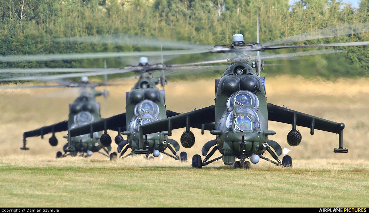 Poland - Army 739 aircraft at Nowy Targ