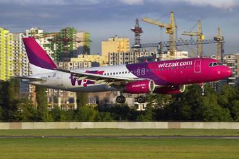 HA-LWV - Wizz Air Airbus A320