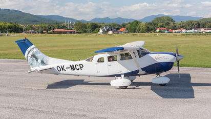 OM-MCP - Private Cessna 206 Stationair (all models)