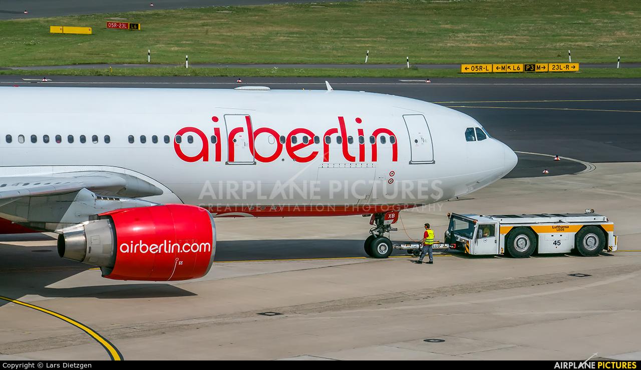 Air Berlin D-ABXB aircraft at Düsseldorf