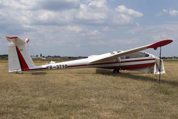 YR-3710 - Romanian Airclub IAR Industria Aeronautică Română IS 28B2 Lark
