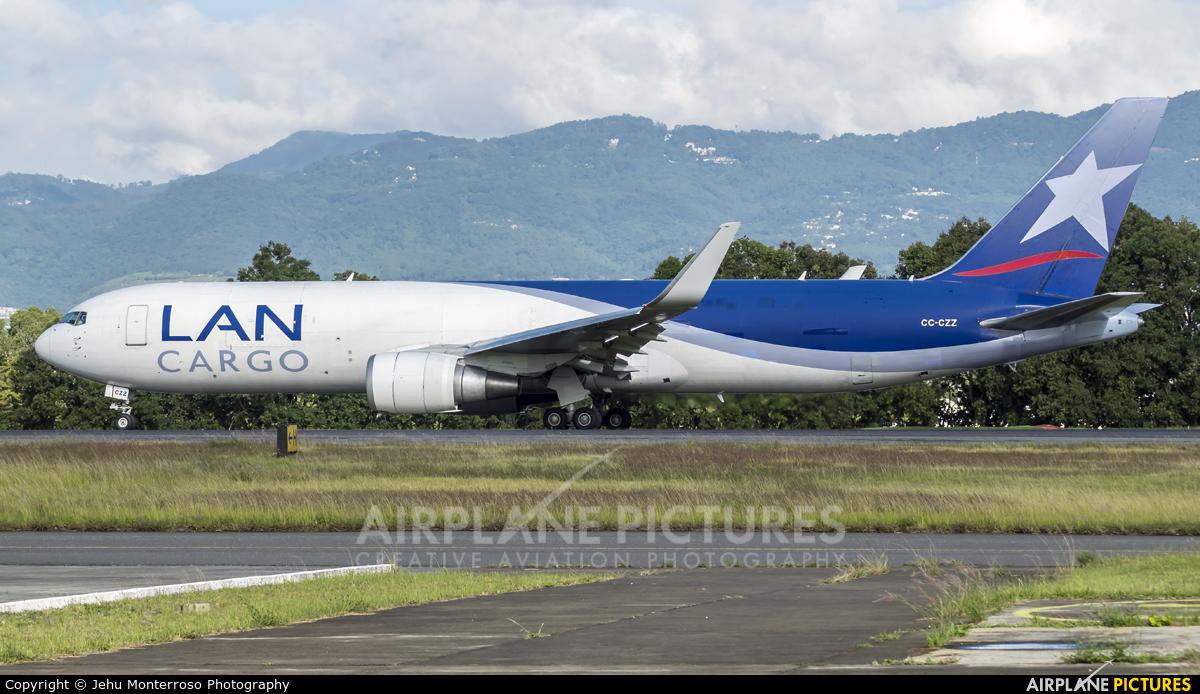 LAN Cargo CC-CZZ aircraft at Guatemala - La Aurora