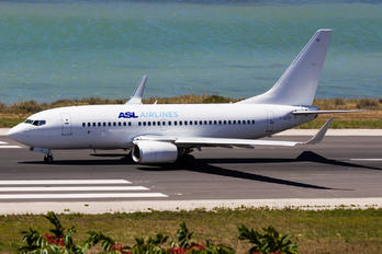 F-GZTP - ASL Airlines Boeing 737-700