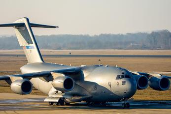 080001 - Hungary - Air Force Boeing C-17A Globemaster III