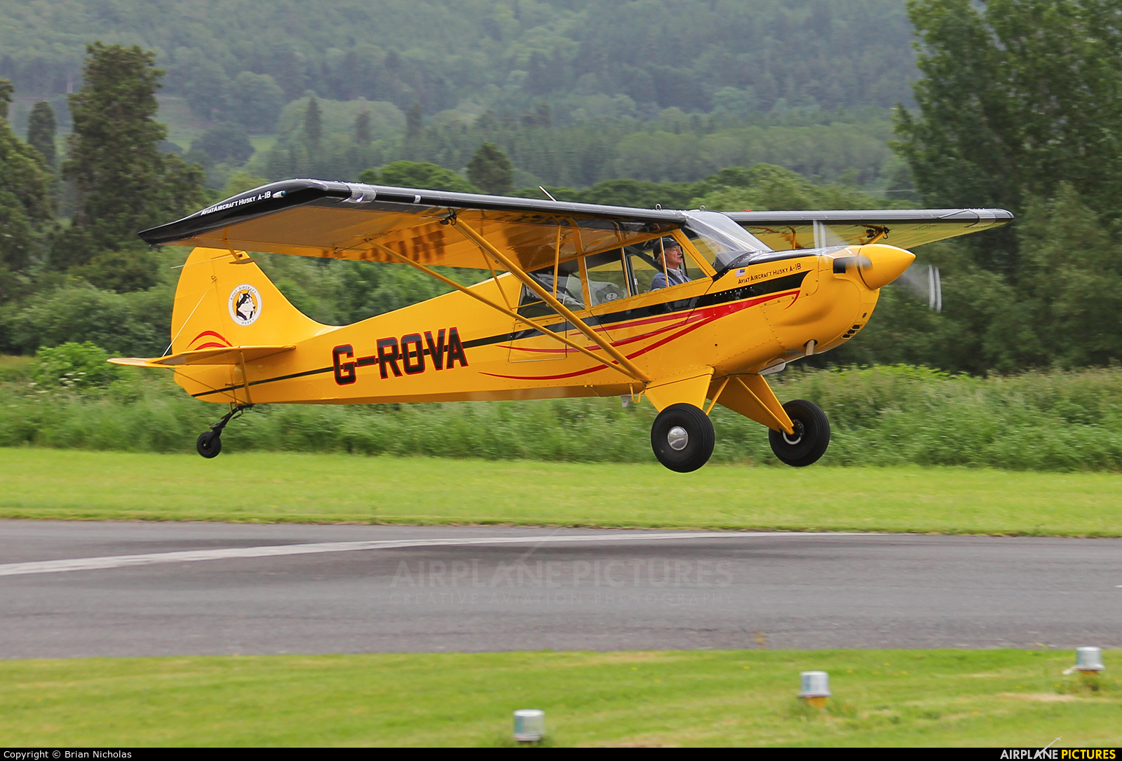 Private G-ROVA aircraft at Welshpool