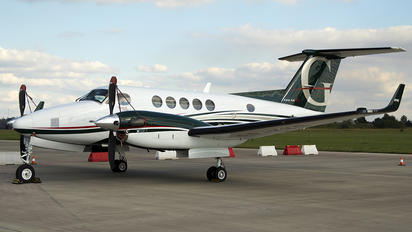 SP-KKS - Private Beechcraft 200 King Air