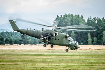 729 - Poland - Army Mil Mi-24V