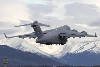 30599 - USA - Air Force Boeing C-17A Globemaster III