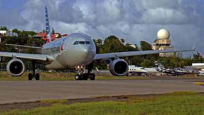 N290AY - American Airlines Airbus A330-200