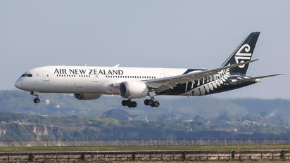 ZK-NZJ - Air New Zealand Boeing 787-9 Dreamliner