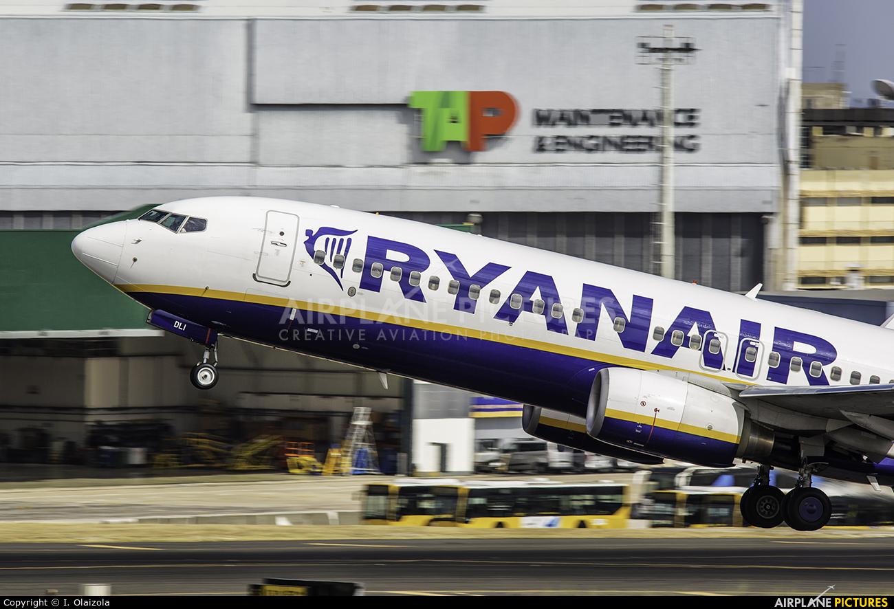 Ryanair EI-DLI aircraft at Lisbon