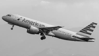 N117UW - American Airlines Airbus A320