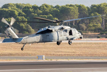 168573 - USA - Navy Sikorsky MH-60S Nighthawk