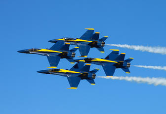 - - USA - Navy : Blue Angels - Airport Overview - Aircraft Detail