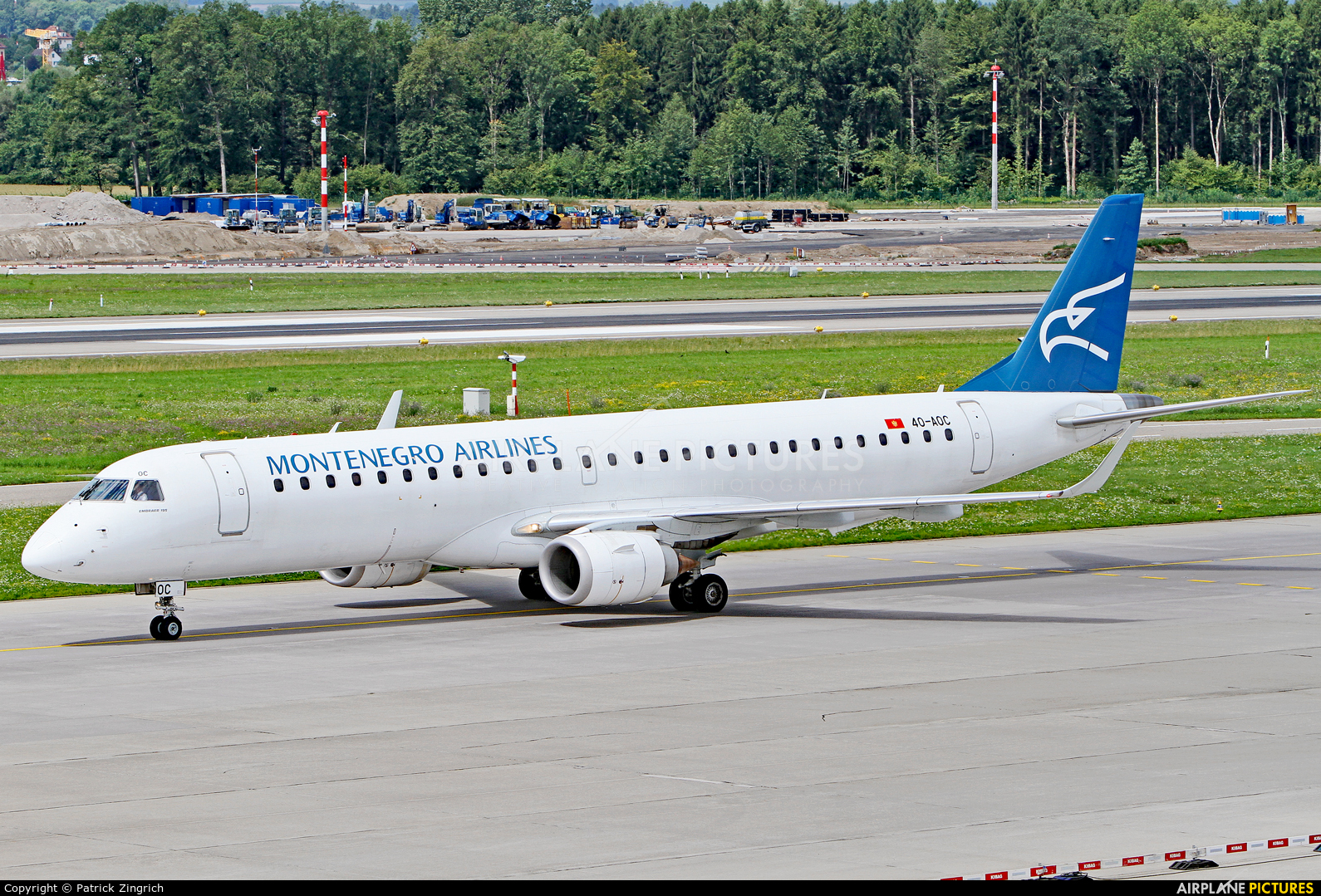 Montenegro Airlines 4O-AOC aircraft at Zurich