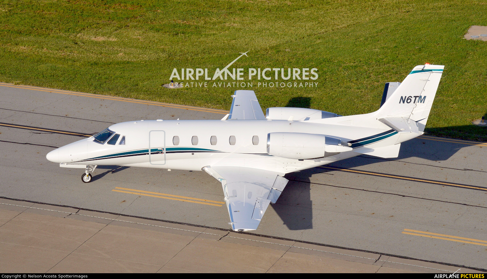 N6TM aircraft at