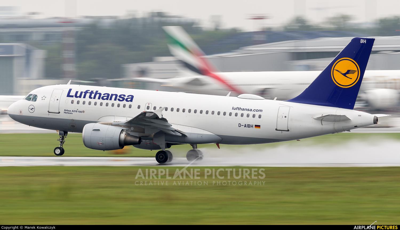 Lufthansa D-AIBH aircraft at Warsaw - Frederic Chopin