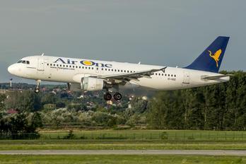EI-DSZ - Air One Airbus A320