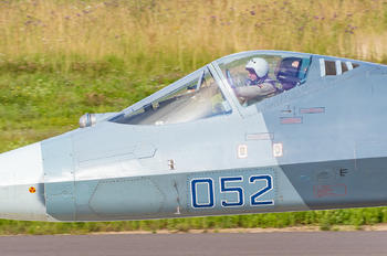 - Russia - Air Force - Airport Overview - People, Pilot