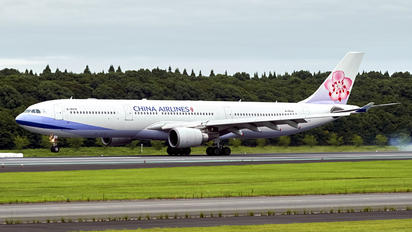 B-18316 - China Airlines Airbus A330-300