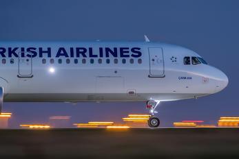 TK-JTD - Turkish Airlines Airbus A321