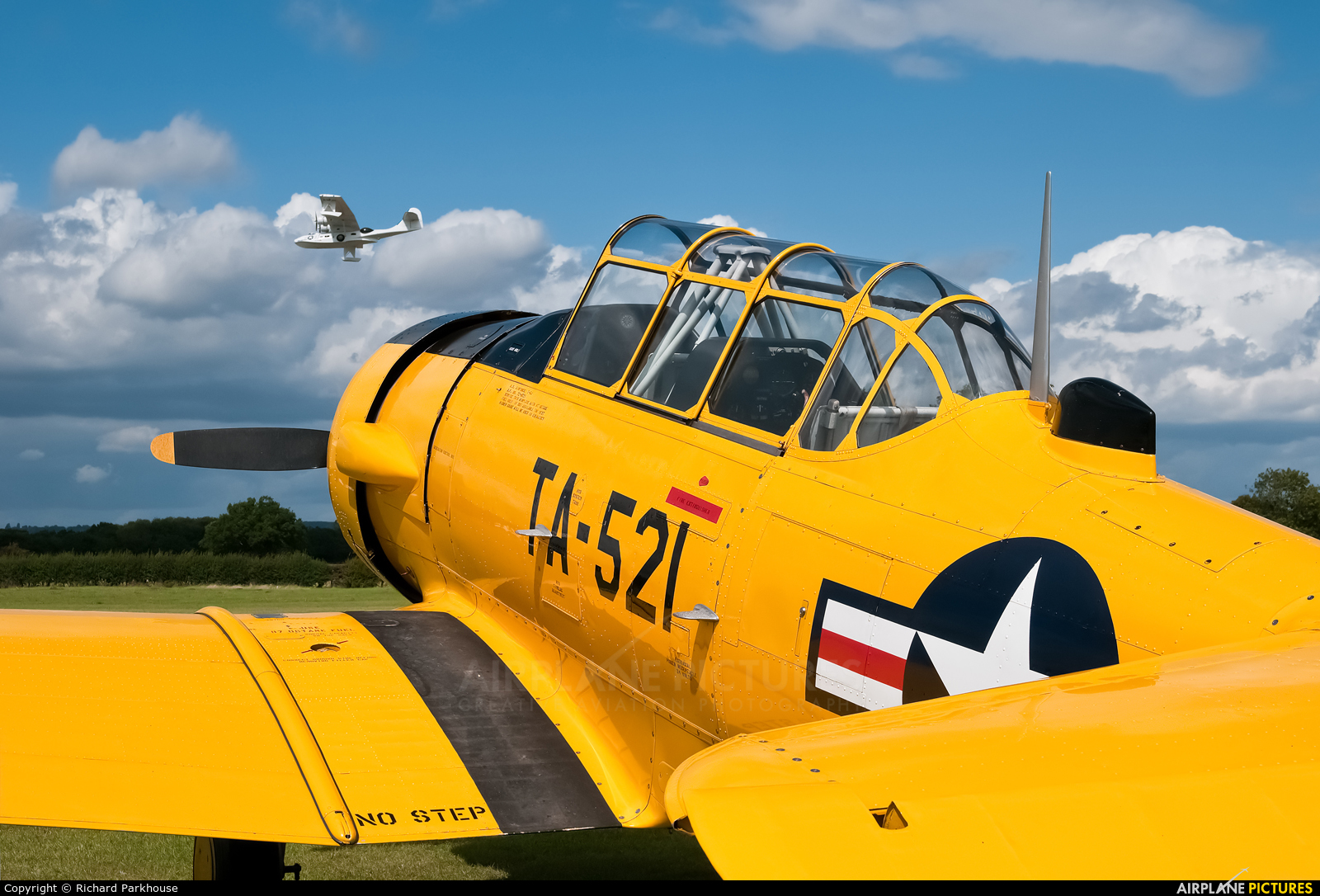Private G-TVIJ aircraft at Lashenden / Headcorn