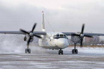 RA-47805 - Iraero Antonov An-24