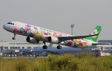 B-16207 - Eva Air Airbus A321