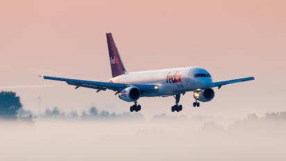 N923FD - FedEx Federal Express Boeing 757-200F